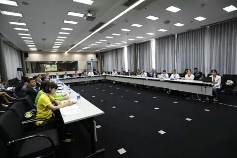 高层圆桌会议,推动国际品牌与高端渠道互动
